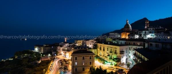 Veduta notturna di Vietri sul Mare - marcovitalefotografo.com